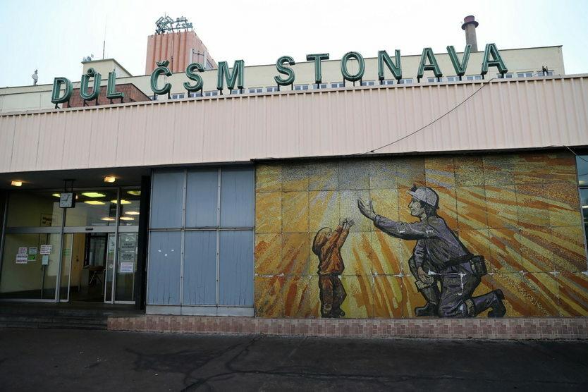 20. 12. || W czeskiej kopalni węgla kamiennego CSM w Karwinie doszło do wybuchu metanu. W wyniku eksplozji zginęło trzynastu górników, w tym 12 Polaków i jeden Czech.